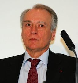 - Deux millions d'euros dans les poches du PDG de Vinci en 2012 dans - Vinci Huillard_v_1