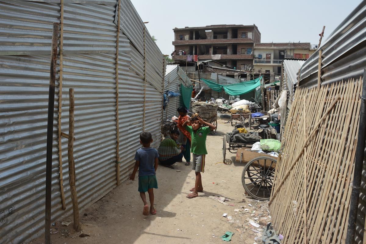 https://reporterre.net/IMG/jpg/slum1.jpg