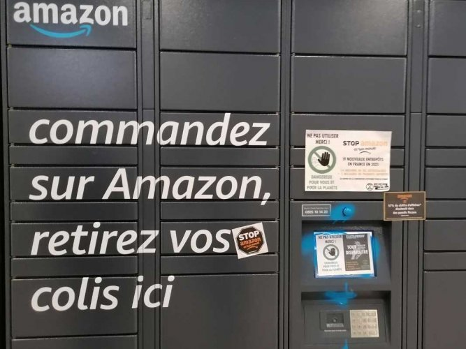Deux militants d'Extinction Rebellion Amiens en garde à vue à la suite d'une action contre Amazon