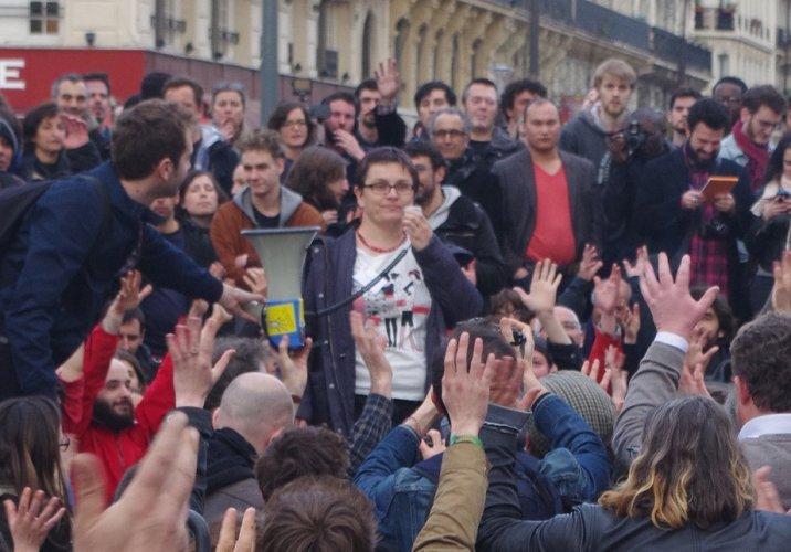 """Pourquoi les agriculteurs bio soutiennent-ils la Nuit Debout<small class=""""fine""""></small>?"""