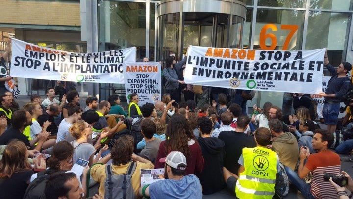Nouveau blocage du site de Toulouse par des militants écologistes — Amazon