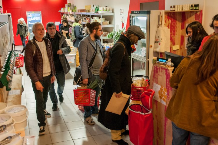 De Mini à Super Cafoutch, l'aventure marseillaise du supermarché collaboratif