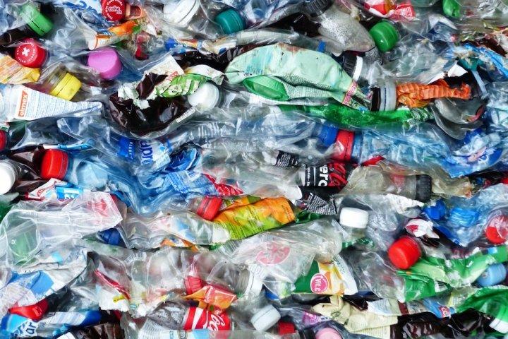 Déchets plastiques: le recyclage n'estpaslasolution
