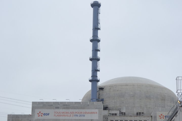 """Un rapport blâme <span class=""""caps"""">EDF</span> sur l'<span class=""""caps"""">EPR</span>… et préconise de construire d'autres réacteurs"""