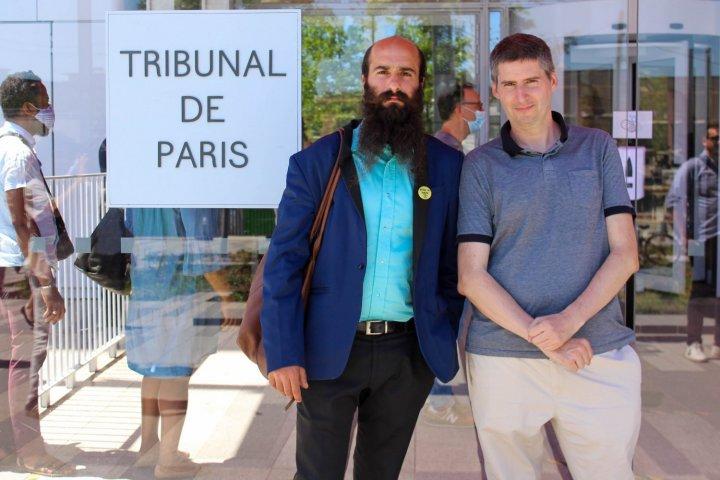 Blocage de BlackRock: deux activistes encourent de la prison ferme