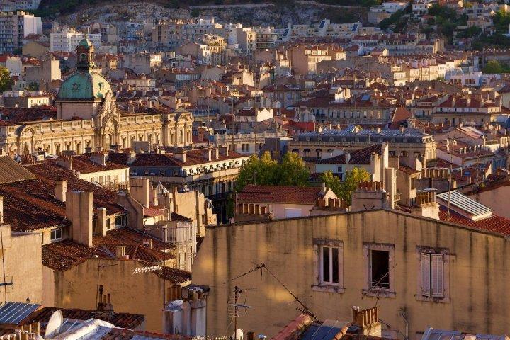Des villes qui suffoquent, des politiques impuissants: témoignages de citadins