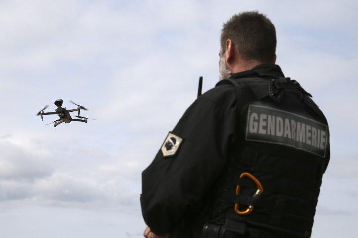 Interdiction de diffuser des images de policiers, drones, reconnaissance faciale: ce que veut le gouvernement