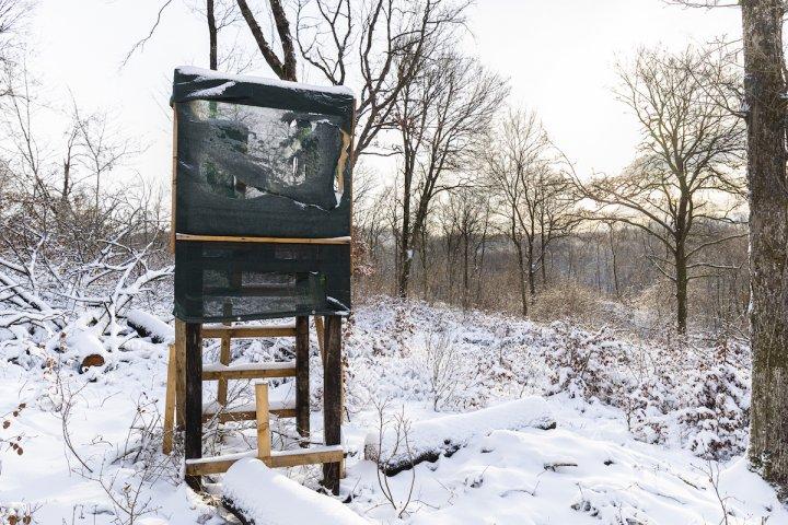 Dans les campagnes, les destructions contre la chasse se multiplient