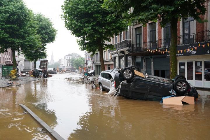 Inondations meurtrières: l'Europe sous le choc du changement climatique