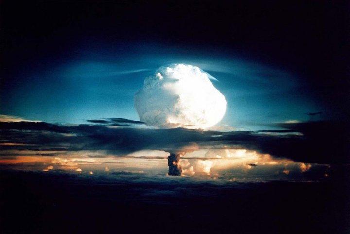 101 députés et sénateurs demandent un référendum sur l'abolition des armes nucléaires