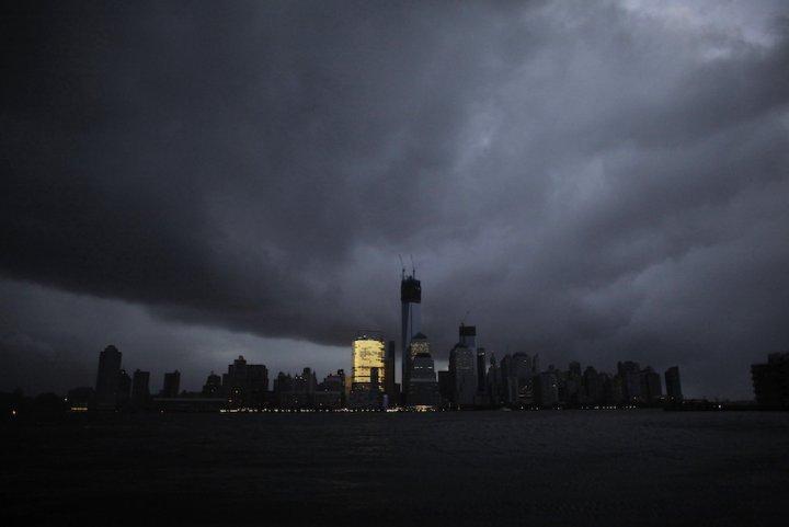 New York poursuit cinq géants pétroliers en justice — Réchauffement climatique