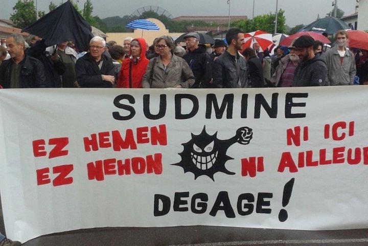 Devant la mobilisation, le projet minier en pays basque nord est abandonné