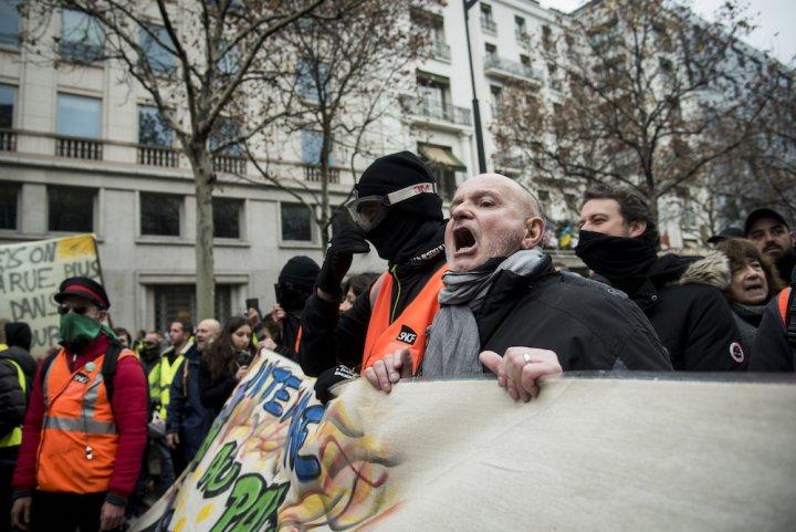 """Les Gilets jaunes à Paris: «<small class=""""fine""""></small>C'est malheureux, mais sansviolence, rienne change<small class=""""fine""""></small>»"""