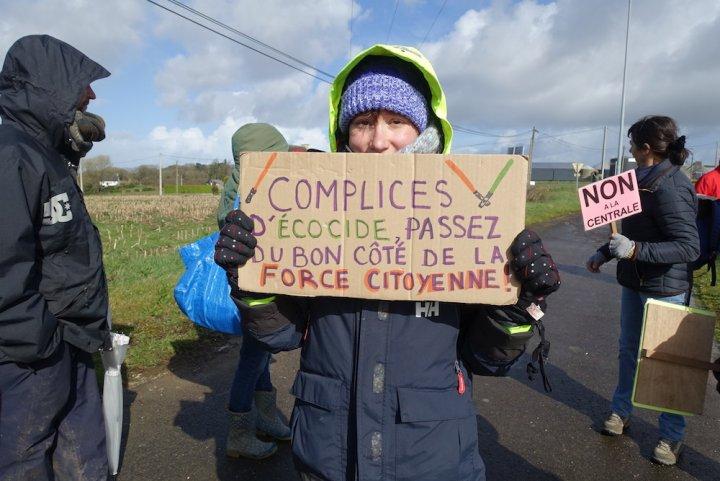 Levée de boucliers contre le projet de centrale au gaz de Landivisiau