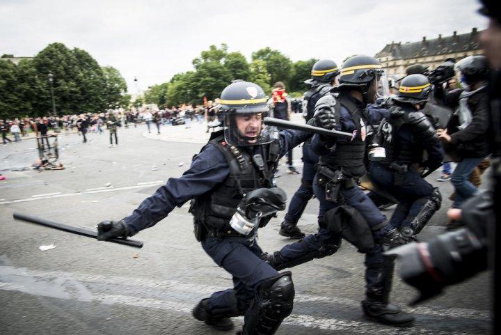 Les photojournalistes sont victimes, eux aussi, des violences policières
