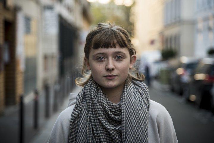 """Hannah Nelson, journaliste: «<small class=""""fine d-inline""""></small>Rester sur le terrain, partout où les gens se battent pour une vie meilleure<small class=""""fine d-inline""""></small>»"""